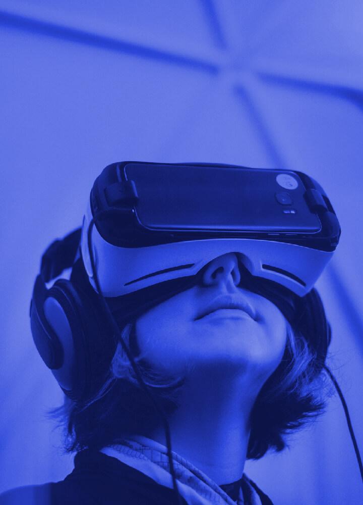 virtual-reality.image_card.alt